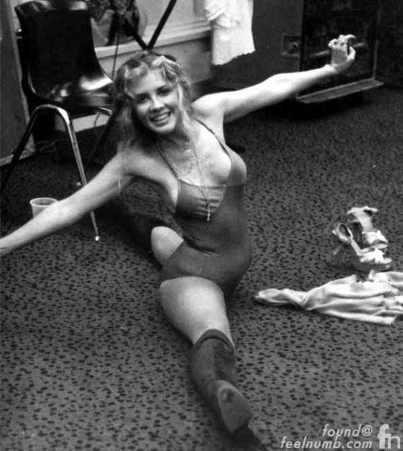 young stevie nicks nude