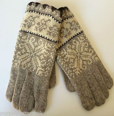 Ladies brown beige Knitted gloves in a Fairisle knit style great ...