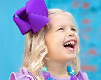 Artículos similares a Purple Bow- Purple Hairbow- Luxurious Boutique Bow by Violet's Velvet Box en Etsy
