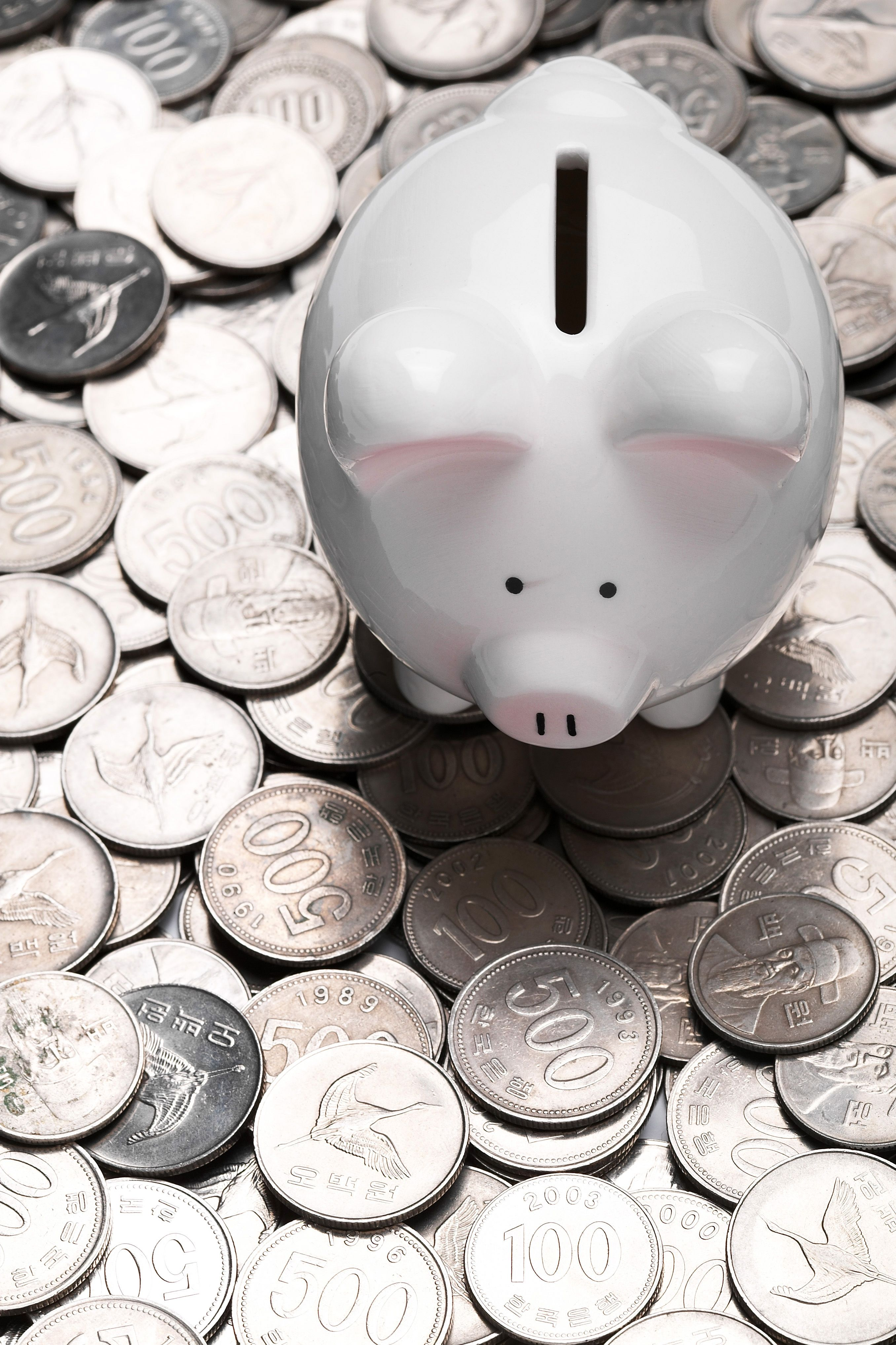 6 Money Myths That Millennials Should Stop Believing