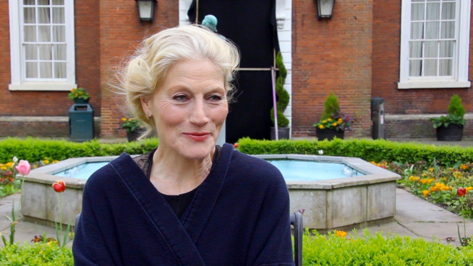 Geraldine James (born 1950)