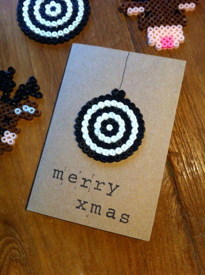 selbstgemachte weihnachtskarte aus b gelperlen weihnachtskarten und geschenkanh nger basteln. Black Bedroom Furniture Sets. Home Design Ideas