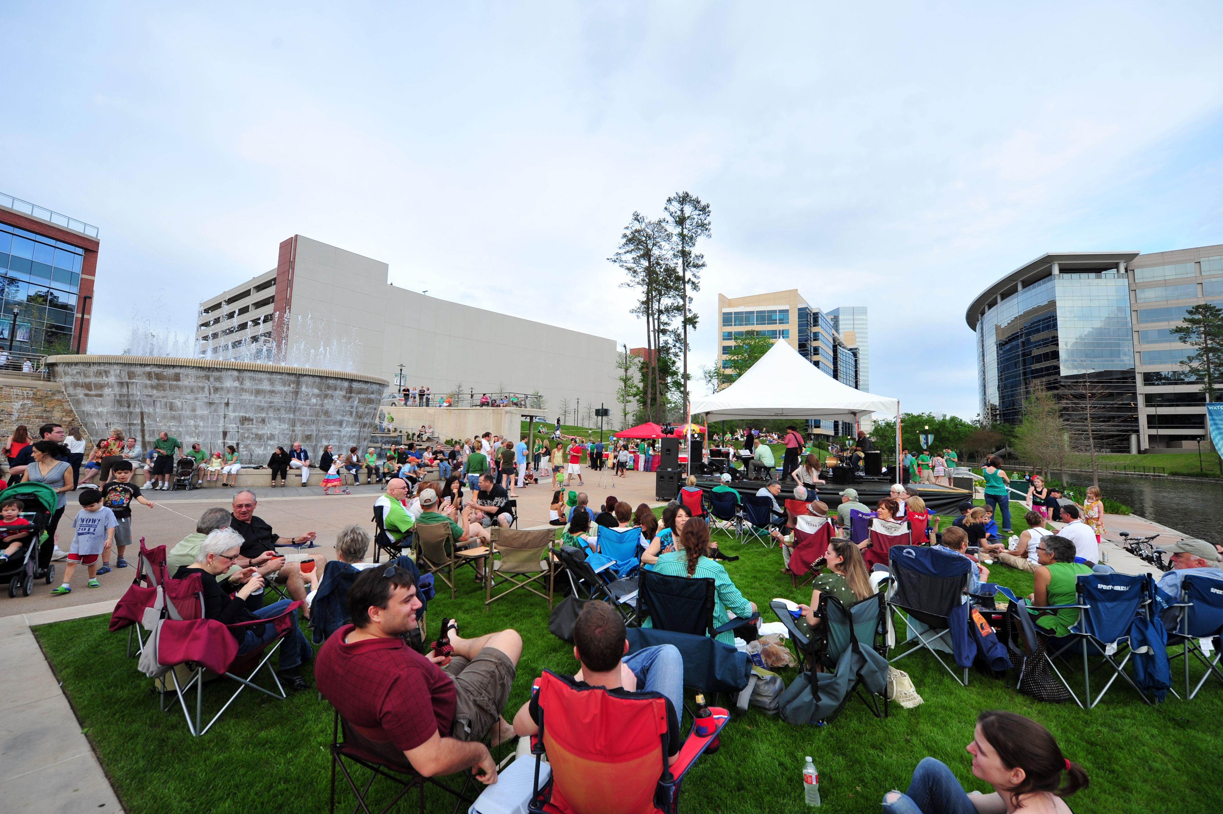 open air concert crowd Google Search 140800. Hideaway