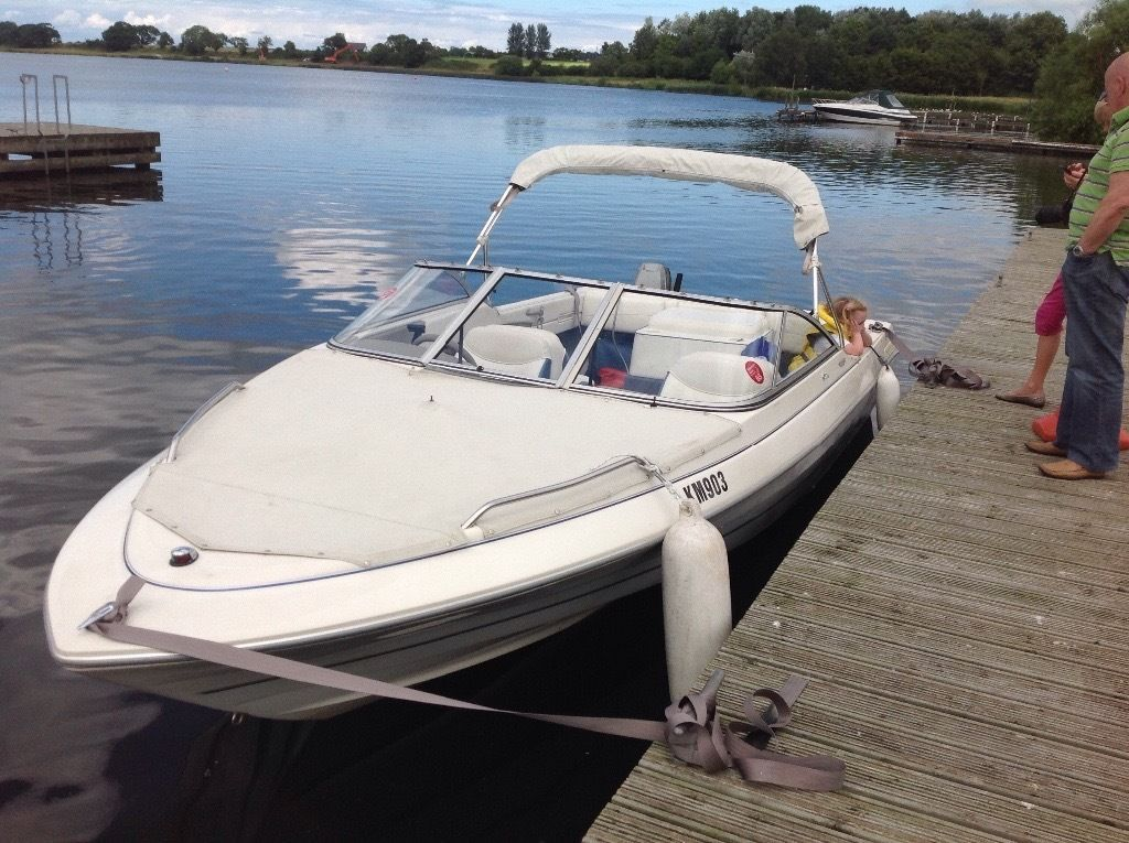 Luxury Speed Boat Bayliner Capri Classic 19ft 6ins 3 Litre