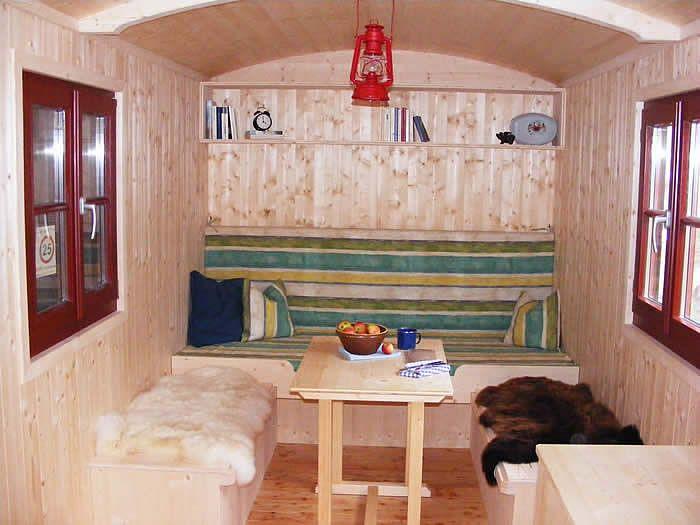 bowo sch zirkuswagen zirkuswagen pinterest. Black Bedroom Furniture Sets. Home Design Ideas