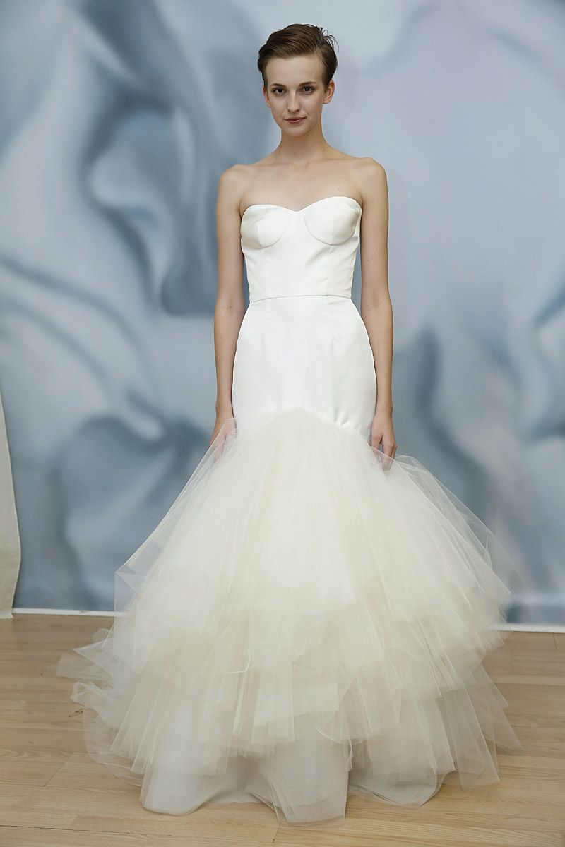 Antonio Gual for Tulle Runway Show, Fall 2015#tulleassymetrictears ...