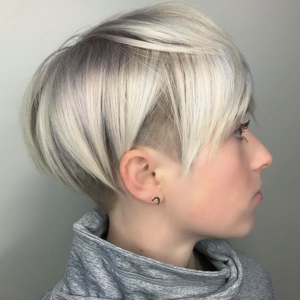 45 Short Haircuts For Fine Thin Hair To Rock In 2020 Undercut Hairstyles Thin Fine Hair Undercut Hairstyles Women