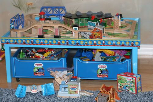 Huge Thomas The Train Table Accessories Extra Tracks So Much More Choo Ebay Thomas The Train Table Train Table Thomas The Train