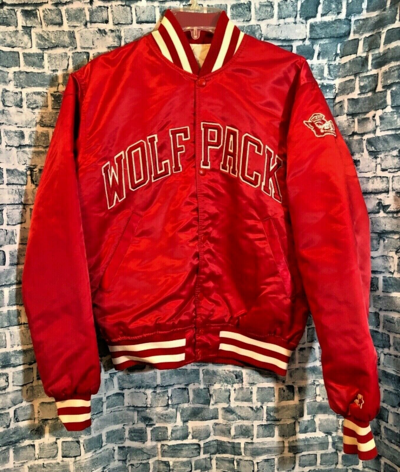 Nc State University Wolfpack Vintage Red Starter Jacket Medium Made In The Usa Ebay Nc State University Jackets Line Jackets [ 1600 x 1356 Pixel ]