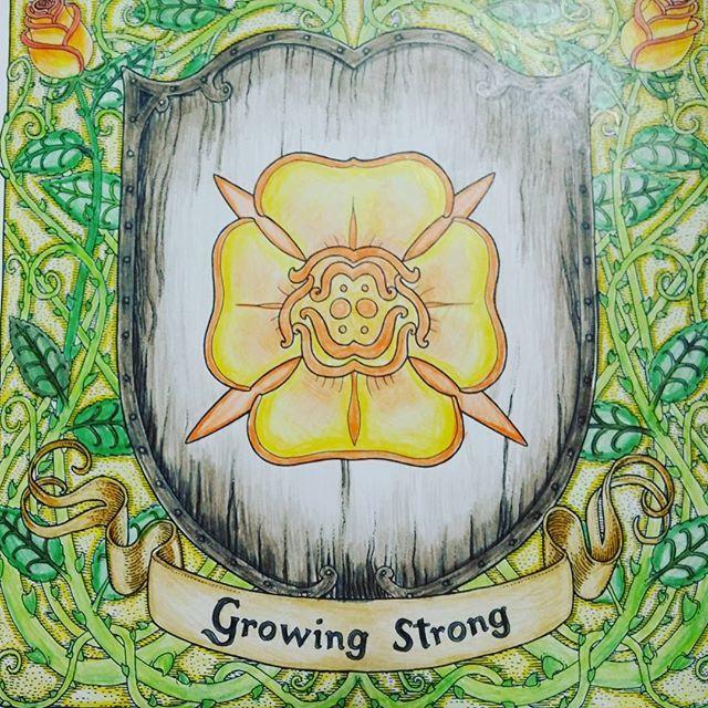 방학숙제 7/45 이번방학에는 22개만 채우기로. . .ㅋㅋ Growing strong  House tyrell #gameofthronescolouringbook #gameofthronescoloringbook #housetyrell #growingstrong  #왕좌의게임 #왕좌의게임컬러링북