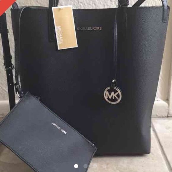 20e0250a047a ✨Michael Kors Haley Tote✨BRAND NEW!!Make an offer! Boutique ...