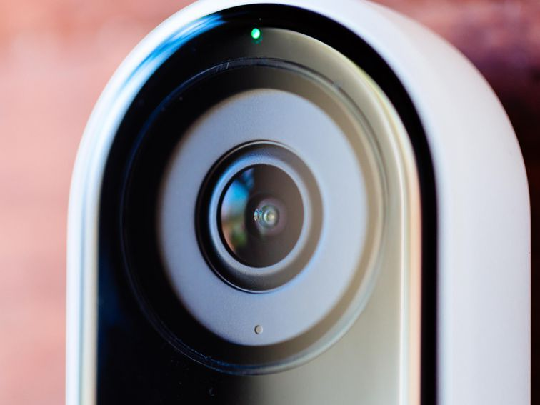 Nest Vs Ring Vs Abode Vs Simplisafe The Smart Home Security Systems With The Best Privacy Home Security Systems Smart Home Security Home Security Tips
