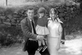 relationship between sylvia plath and her father