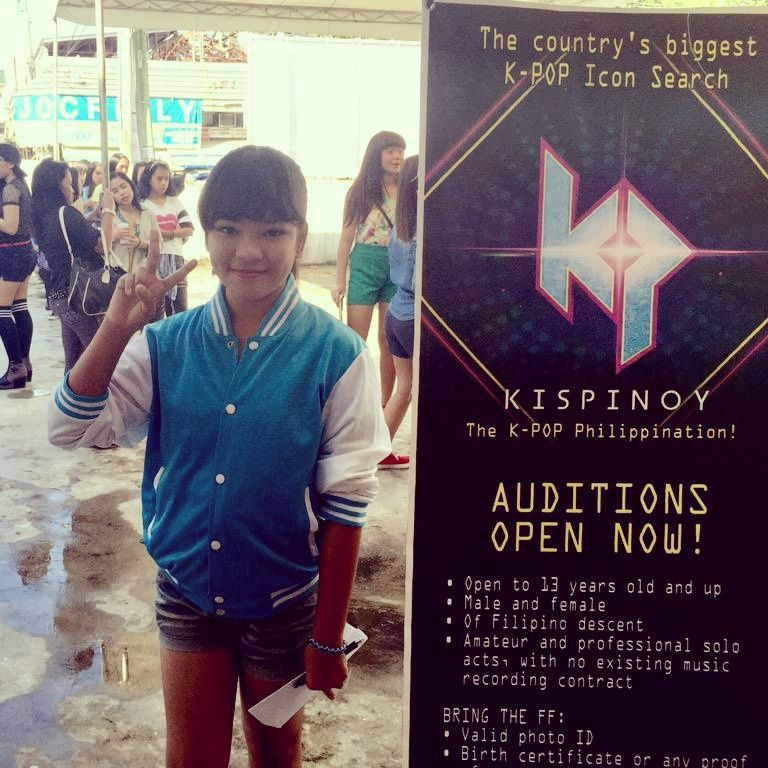 Kathryn Among The Many Excited Davaoenos Lined Up Since 6am Kispinoy May 4 5 Auditions At Cinematheque Davao City Davao City Audition Birth Certificate
