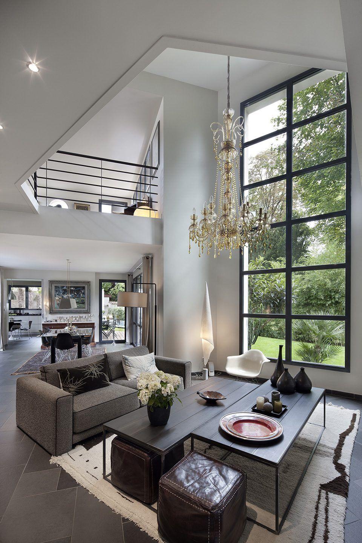 optez pour des fen tres en aluminium mezzanine immenses fen tres et plafonds cath drale. Black Bedroom Furniture Sets. Home Design Ideas