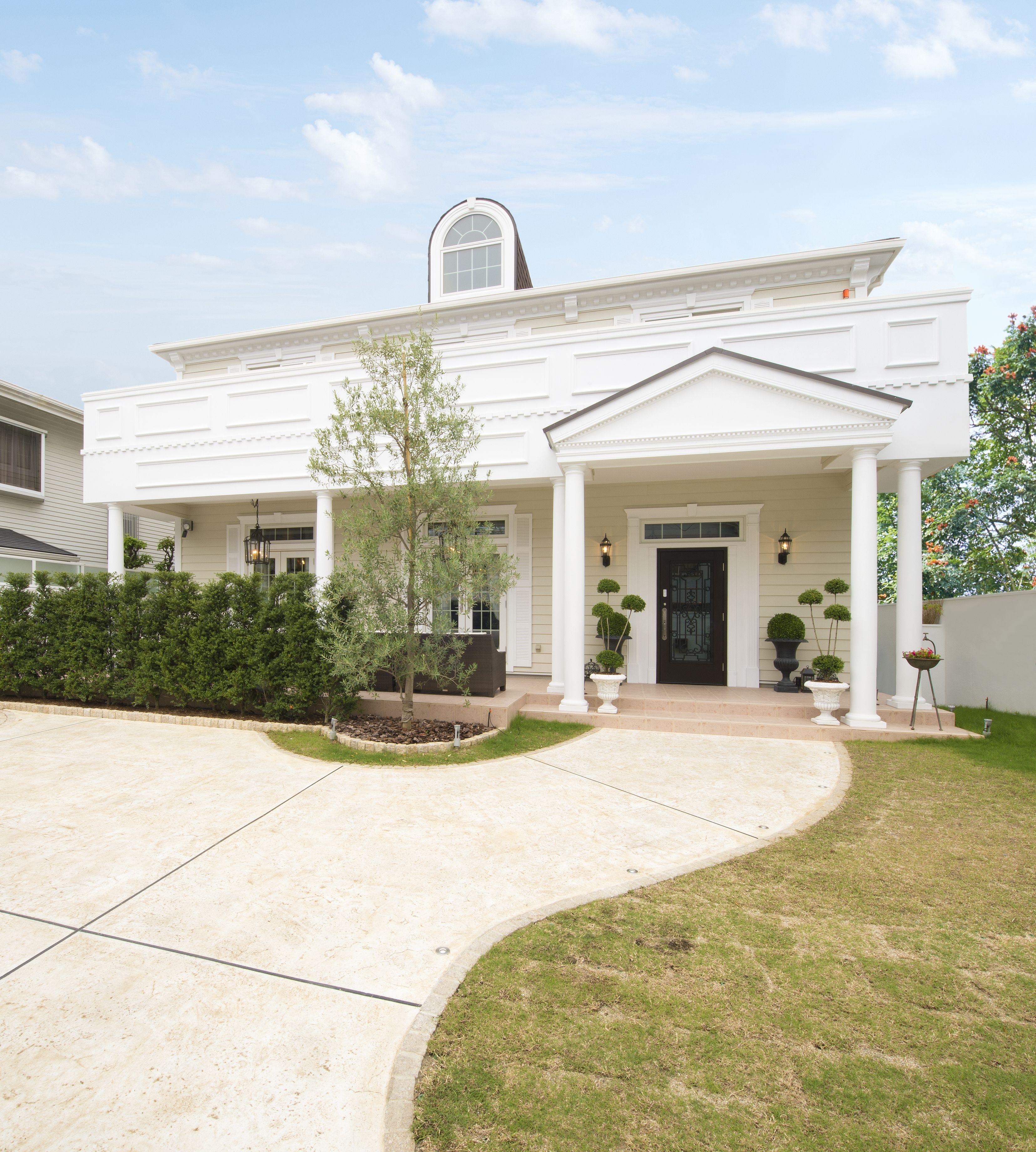 白い家 海外デザイン住宅の上品な外観 白い家 家 大きな家