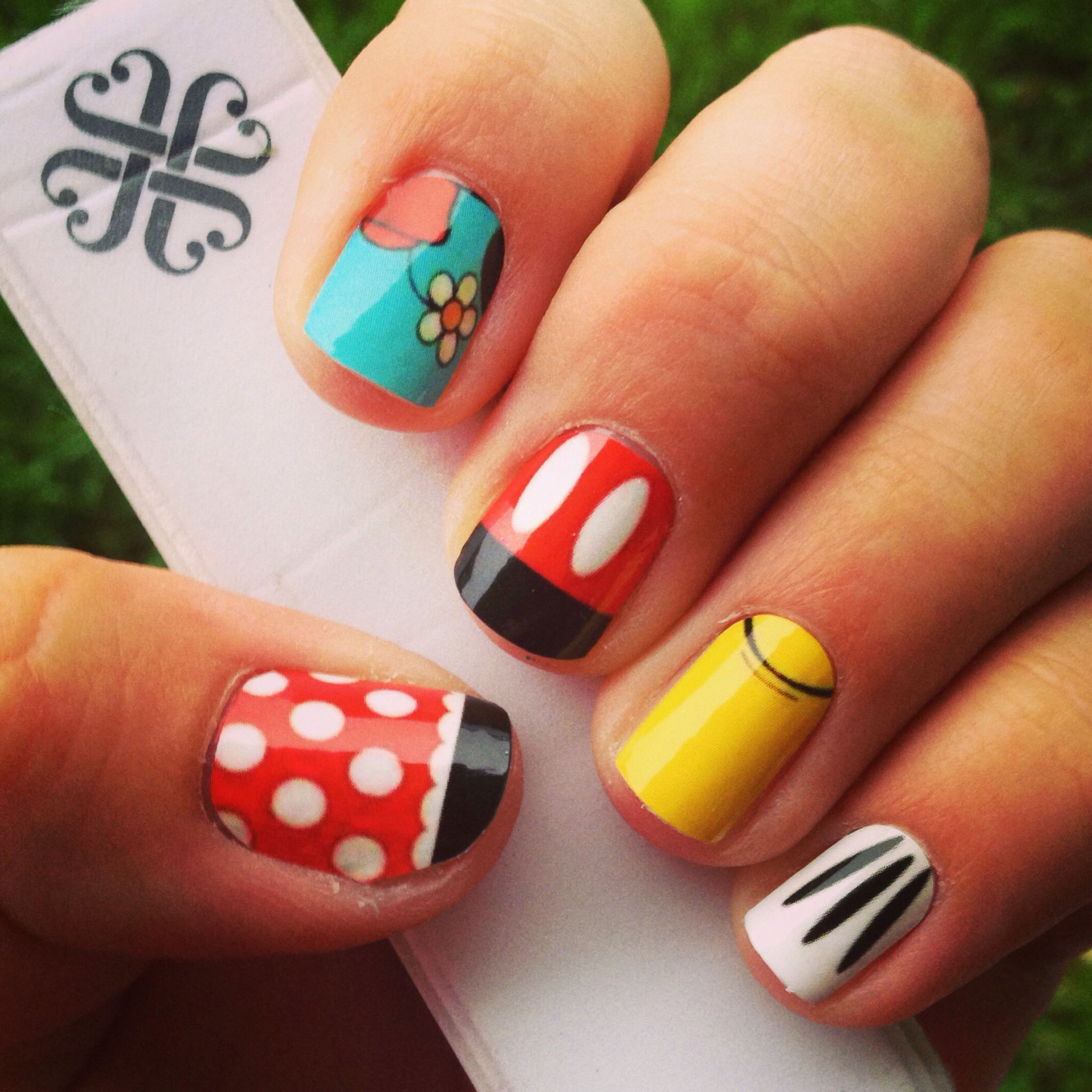 Jamberry Micky & Minnie inspired nail shields made in the Nail Art ...