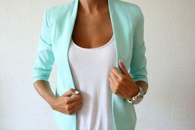 Mint blazer! Love this color !