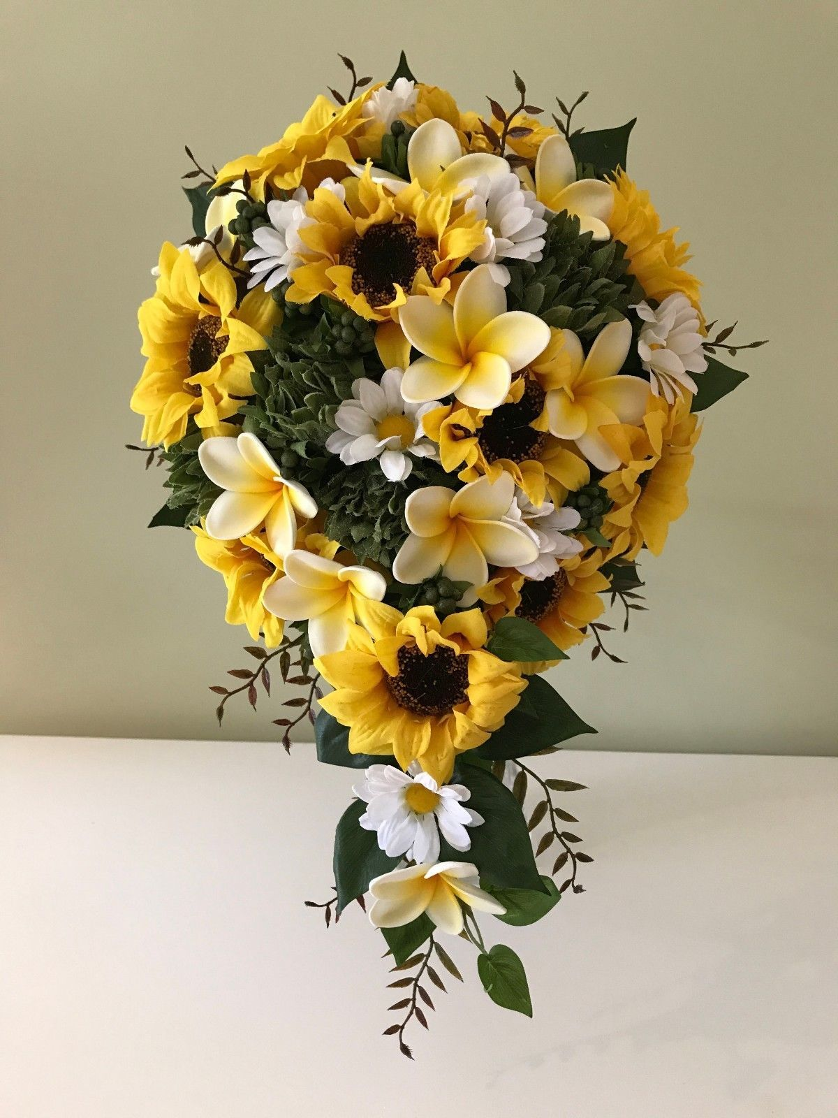 Artificial Wedding Sunflowers Bouquet Teardrop Silk Floral Wedding