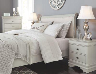 Jorstad Full Bed with 2 Nightstands