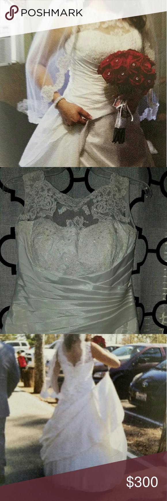 Wedding dress Ivory but look almost white David's Bridal Dresses Wedding
