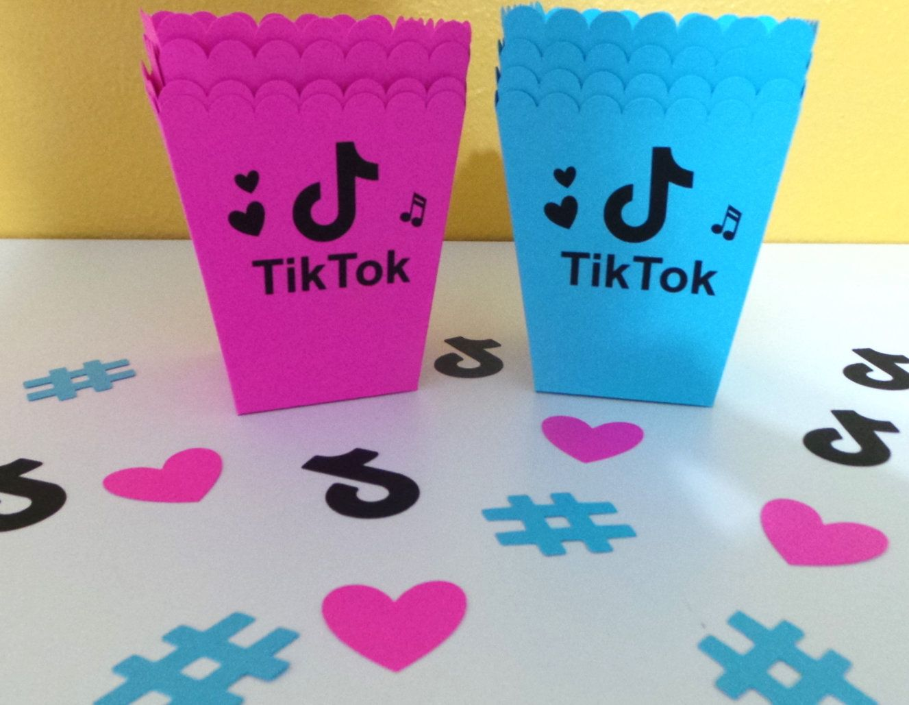 Popcorn Mini Snack Party Favor 10 Boxes Aqua Pink W Music Etsy Popcorn Party Favors Party Favors Tween Birthday Party