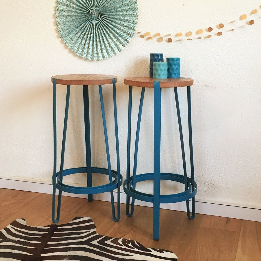 tabouret de bar style vintage industriel coloris bleu p trole bois et m tal chouette. Black Bedroom Furniture Sets. Home Design Ideas
