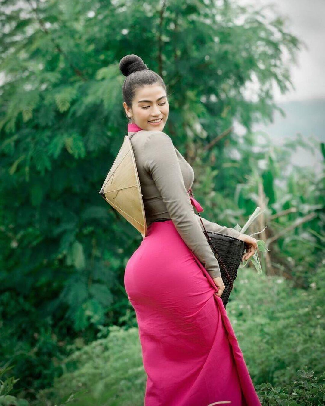 Pin on Myanmar Girls