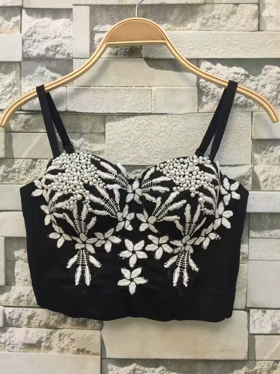 7dba1f8e1 New Fashion 2017 Spring Summer Sexy Embroidery Bead Pearls Push Up Bralette Women s  Bustier Bra Cropped