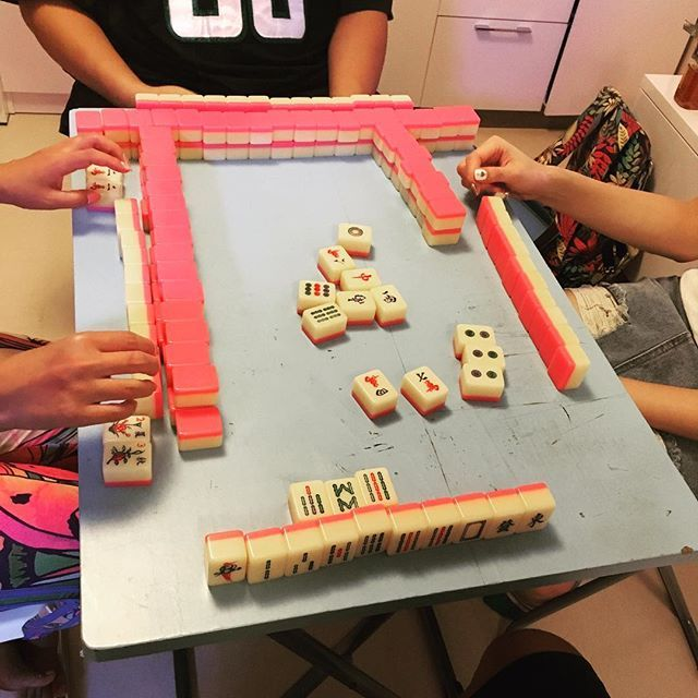 Lol ever seen a rectangular mahjong table 🤔? #wtf#lol#funny#silly#mahjong#hongkong#japanese#chinesegame#game#happy#foodporn#food#yummy#dinner#gathering#hk#girl#hehe#whataredoes  Yummery - best recipes. Follow Us! #foodporn