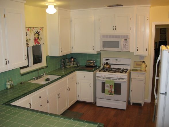 1940s green tiled kitchen counter kitchen pinterest for 1930s style kitchen design