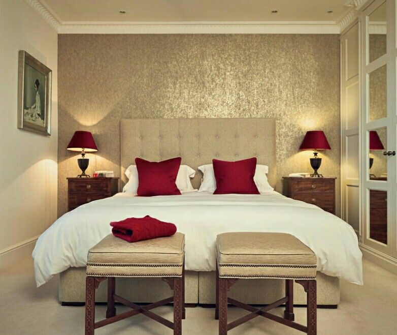 Bedroom How To Make Traditional Decorating Ideas Calm Master With Cream Headboard Also Red Cone Table Lamp Plus