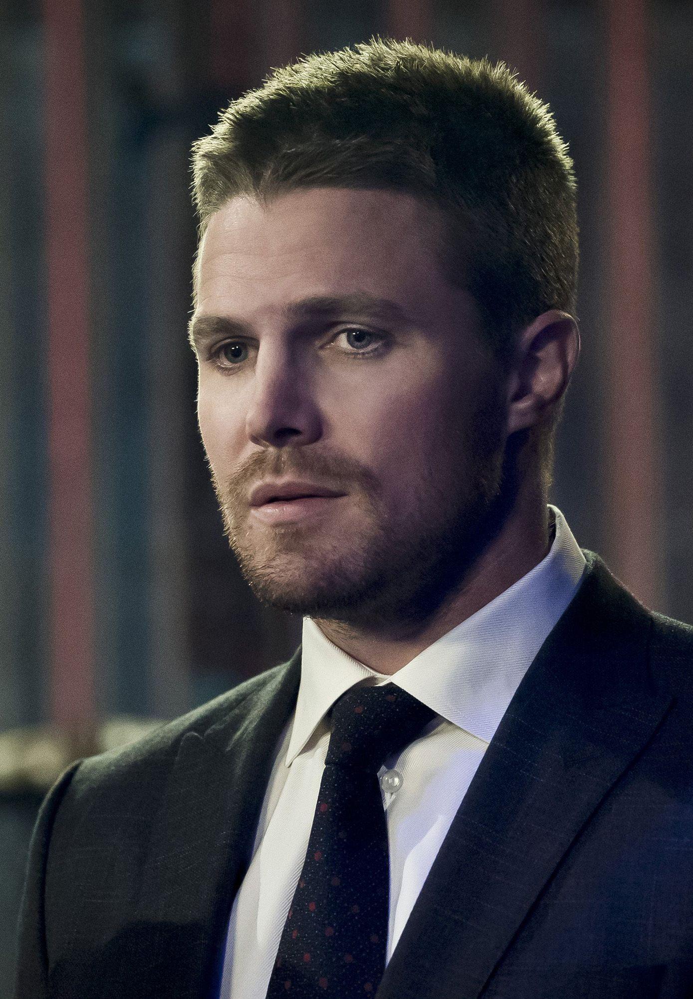 Arrow 4x14 - Oliver Queen (HD)