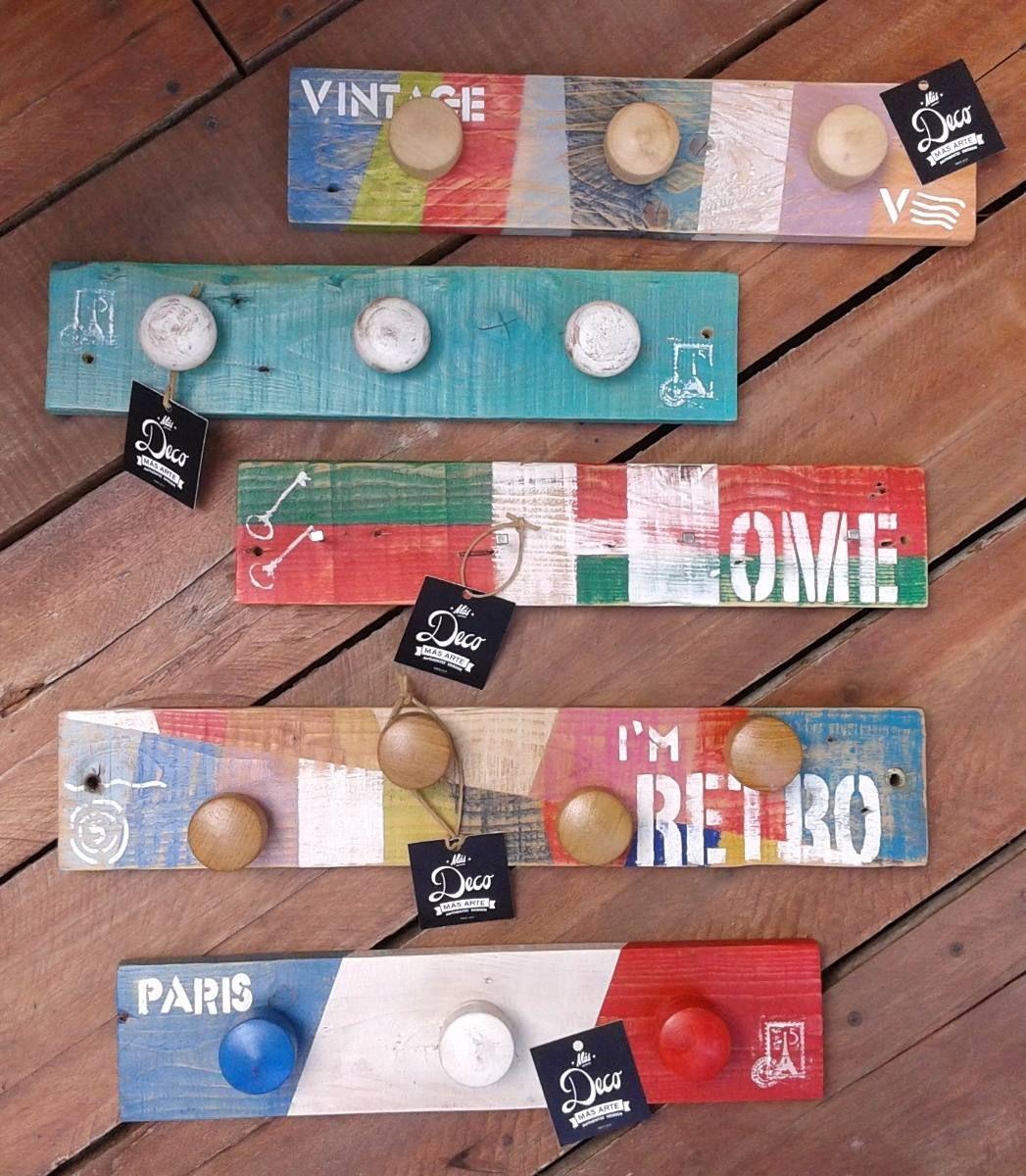 Perchero de madera reciclada estilo vintage 322 56 en - Percheros pared vintage ...