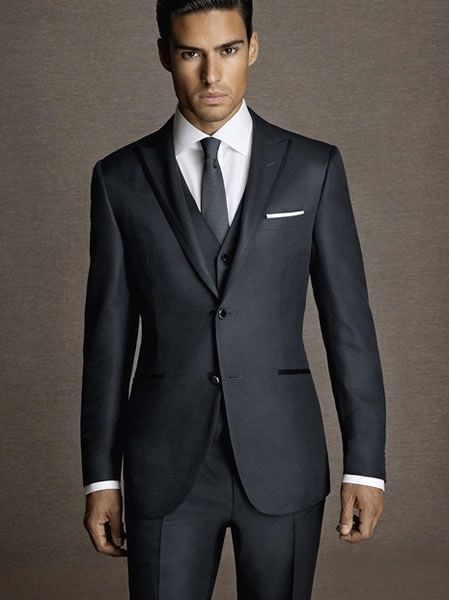 Navy suit. Tie bar. Pocket square. Arthur Kulkov.   ☞ Men's Style ...