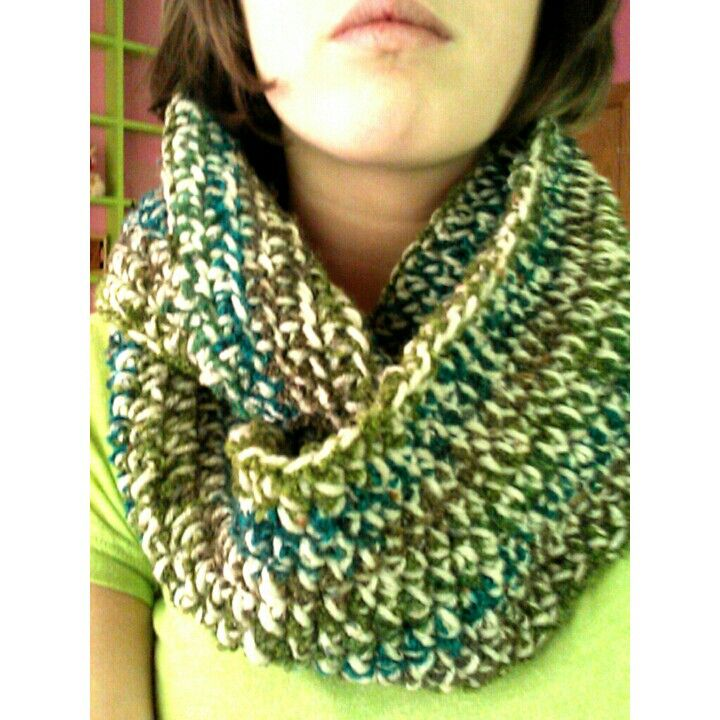 Crocheted half double stitch infinity scarf