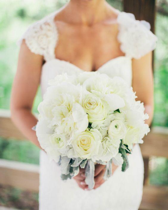 Wedding dress and bouquet idea; Featured Photographer: Rachael Osborn Photography
