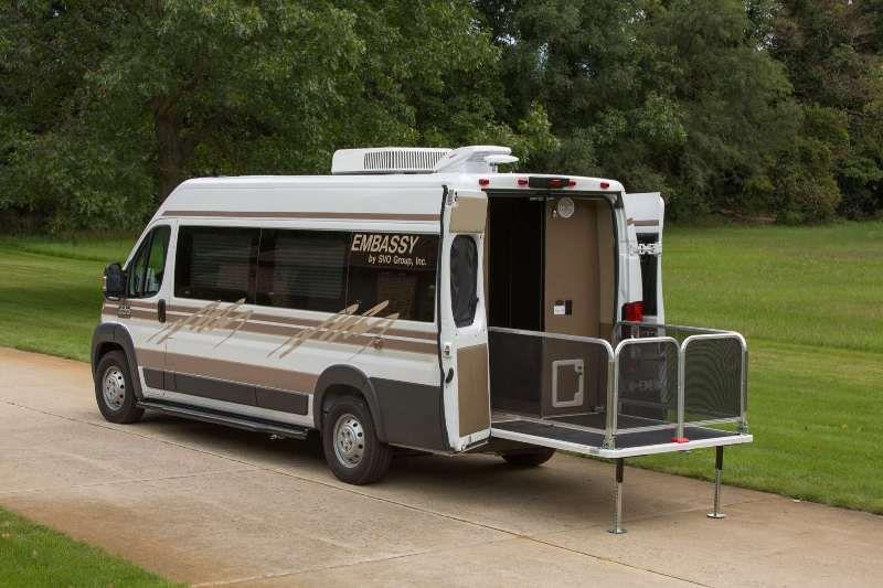 svo embassy ram promaster rv pinterest bus et am nagement. Black Bedroom Furniture Sets. Home Design Ideas