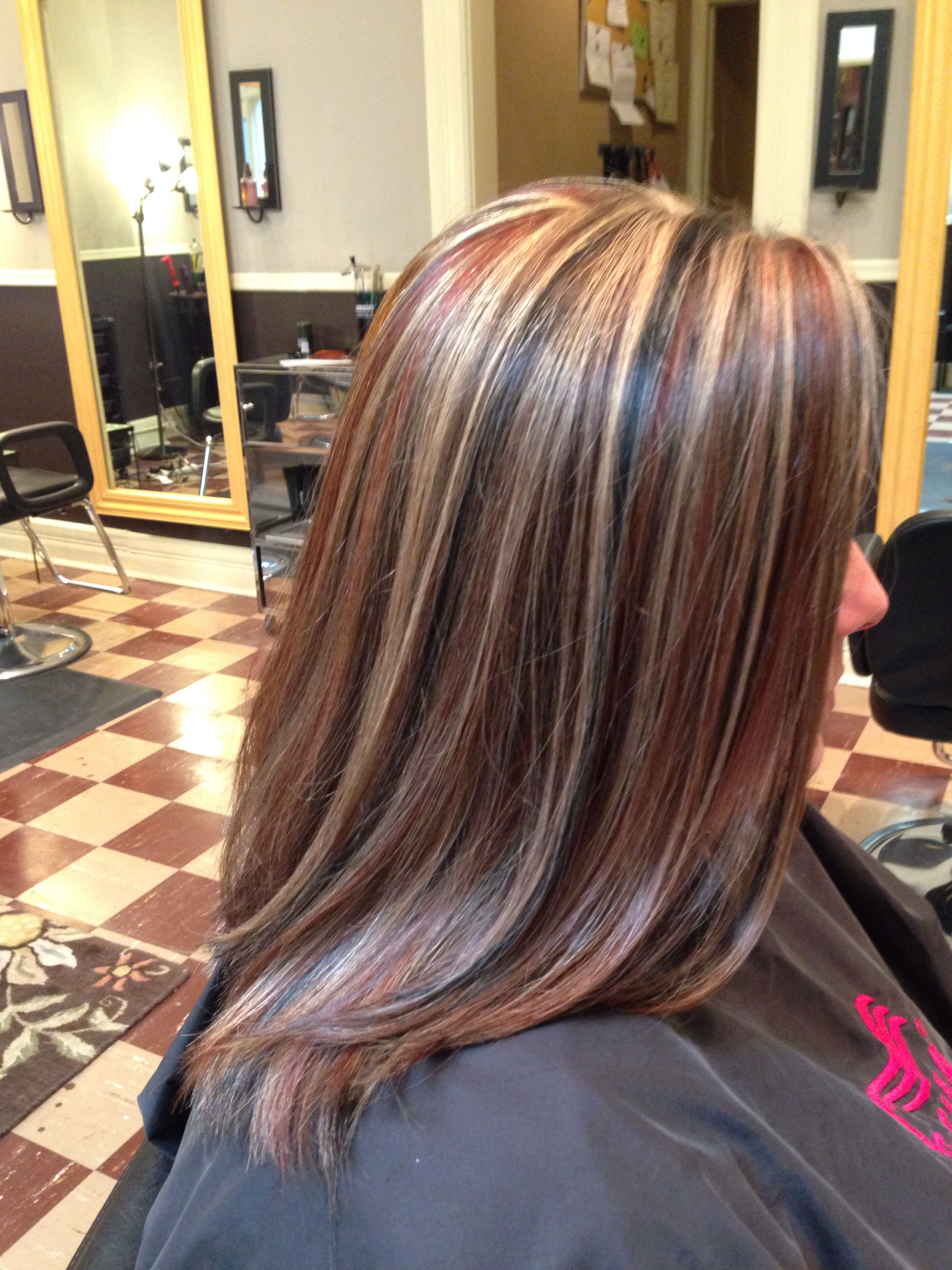 Highlight Lowlight Dimensional With Blonde Black And Red Inspired By Kelly Clarkson Hair Styles Hair Highlights Blonde Hair Color