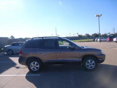 2005 Hyundai Santa Fe LX  leather, moon roof, 55k miles,$14,599, V6