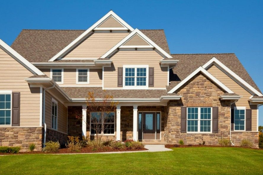 Homes With Stacked Stone And Stucco Exterior Stone Stucco Combinations Stone And Stucco Homes Stone And Stuc House Exterior Brown Roofs Exterior House Colors