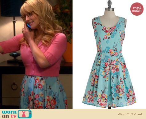 98c51c2808d0 Bernadette's blue floral dress and pink cropped cardigan on The Big Bang  Theory. Outfit Details