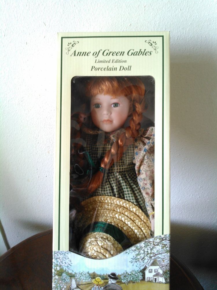 Anne of Green Gables Porcelain Doll  Limited Edition  NIB with stand