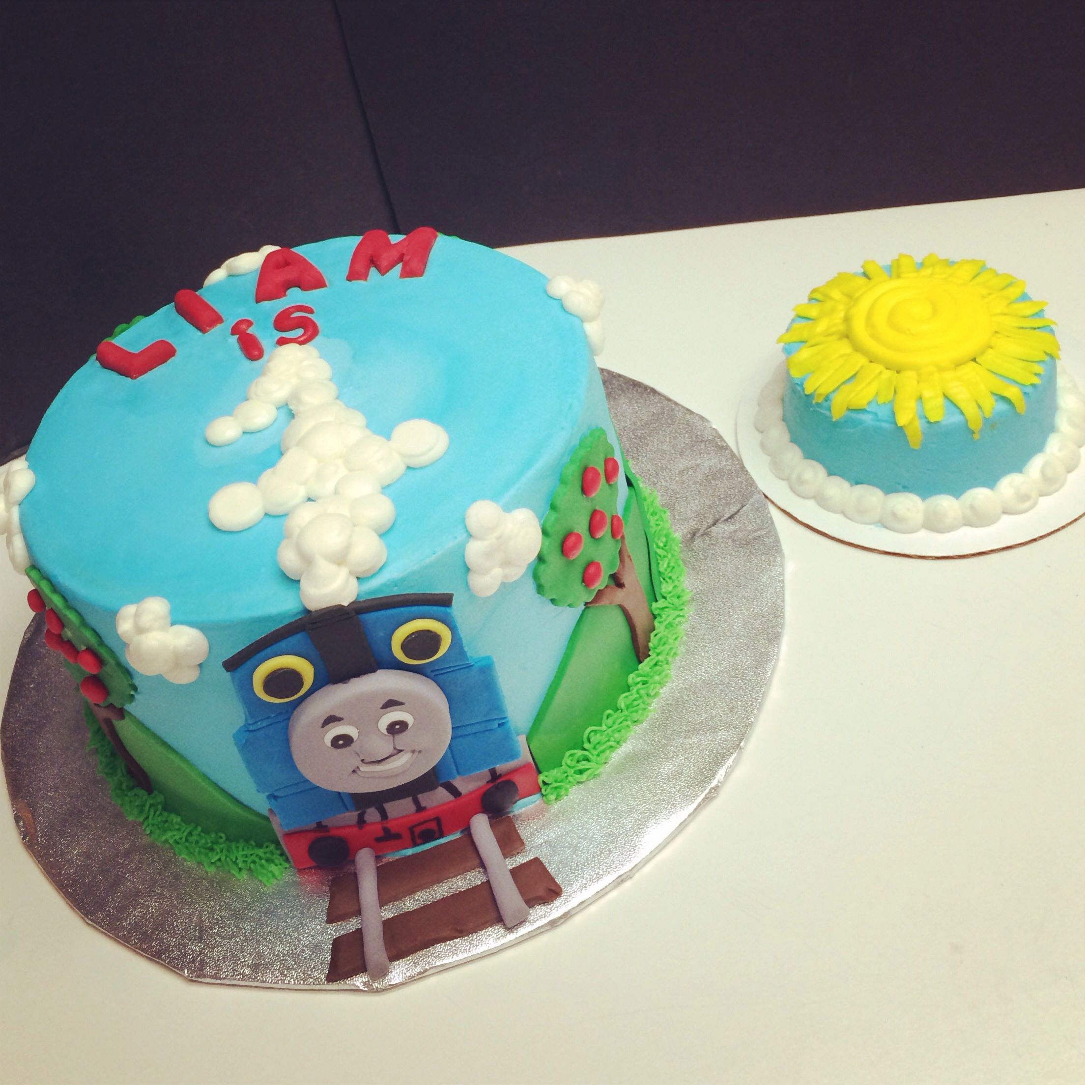 Thomas The Train Cake With Smash Cake