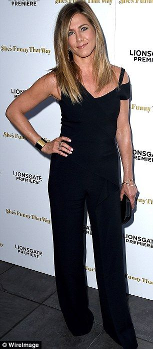 Jennifer Aniston in pantsuit by Roland Mouret