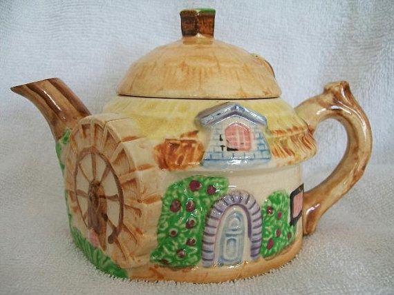 Vintage Occupied Japan Teapot Tea Pot by janescollectables