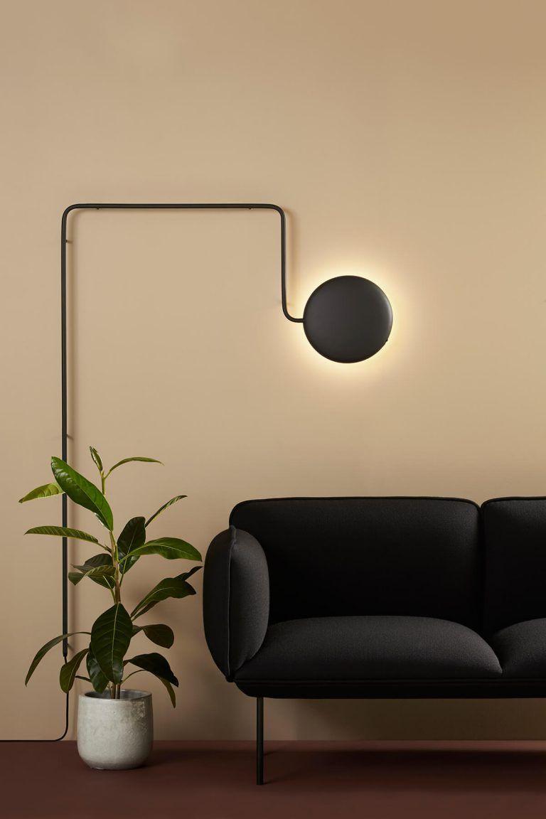 Le Canape Nakki Une Piece Confortable Aux Lignes Minimalistes Maison Et Objet Eclairage Mural Eclairage Du Salon