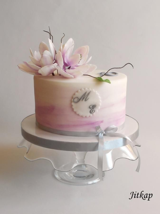 Romantic Cake With Magnolia Flower By Jitkap Birthday Cake With Flowers Beautiful Cake Designs Icing Cake Design