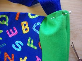 You SEW Girl: Simple Ideas for Library Bags