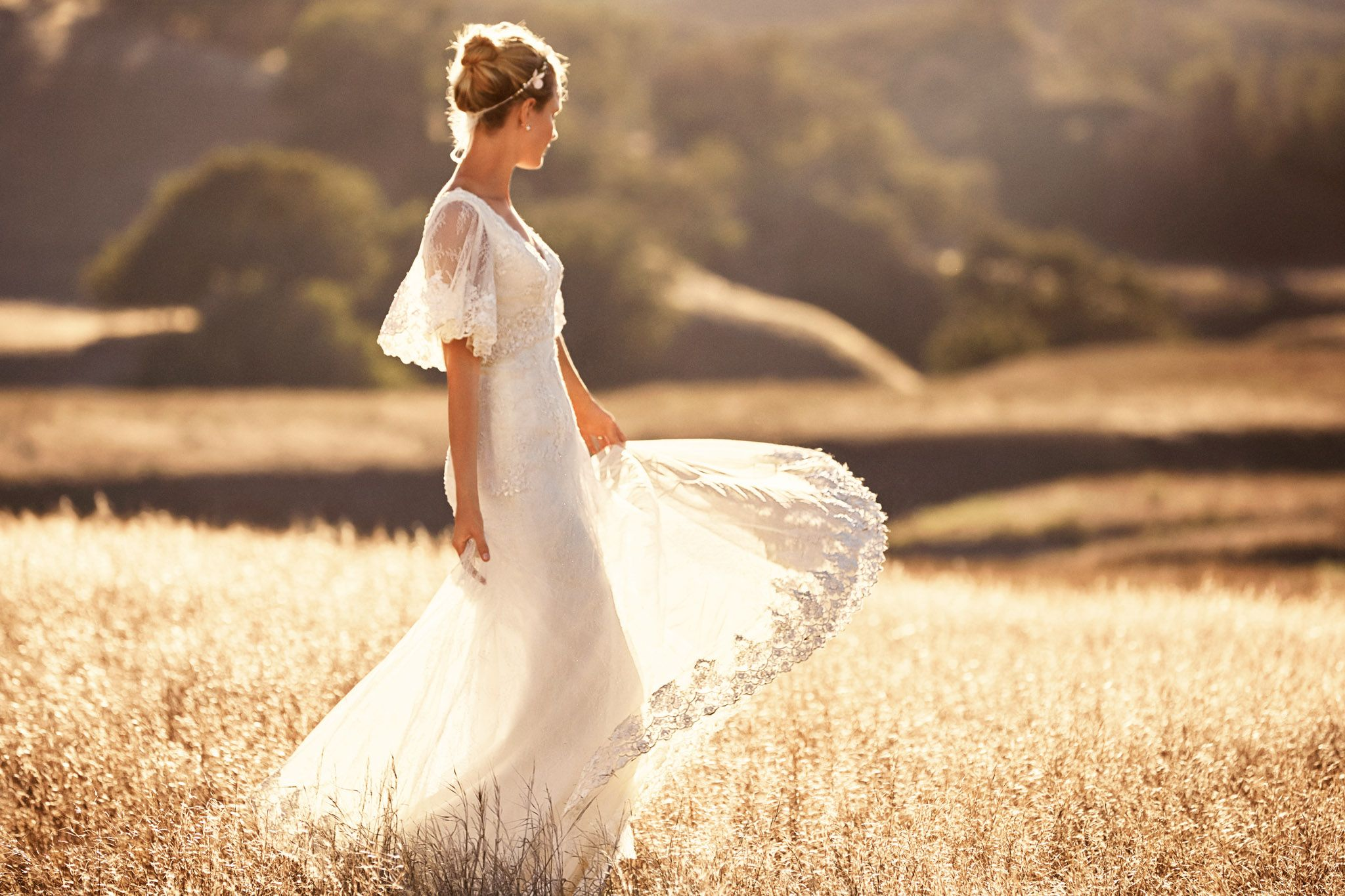 Sale > melissa sweet wedding dress with flutter sleeves > is stock